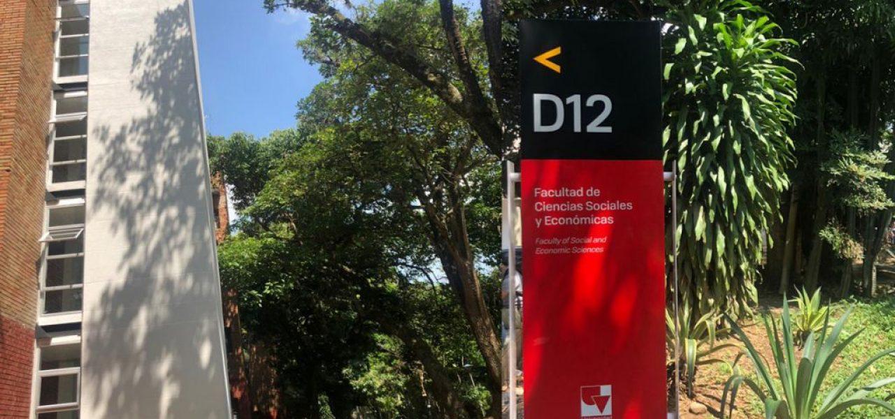Instalación de Ascensor en la Universidad Del Valle